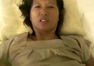 thai girlfriends mamma